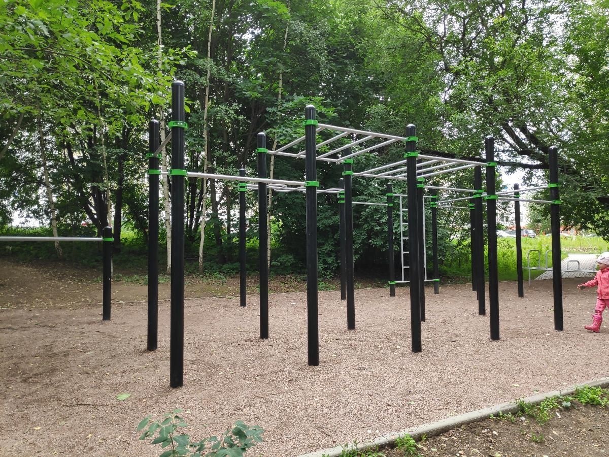 Moscow - Outdoor Gym - Лукинская Улица
