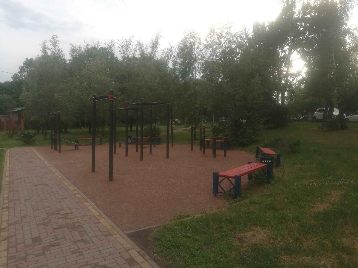 Moscow - Street Workout Park - Ул Бачуринская