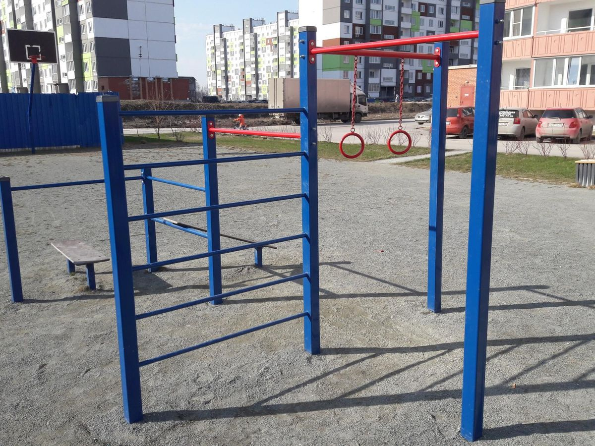Novosibirsk - Street Workout Park - Улица Спортивная