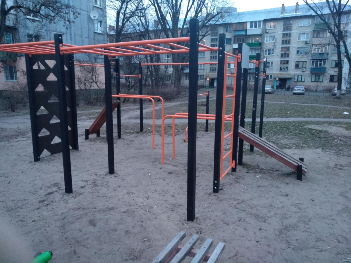 Kyiv - Street Workout Park - ЛотОК