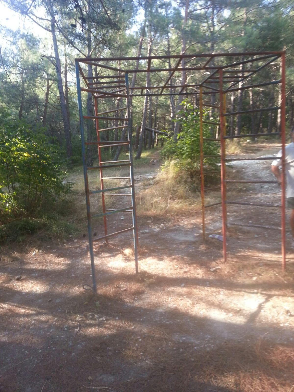 Gelendzhik - Street Workout Park - Улица Орджоникидзе