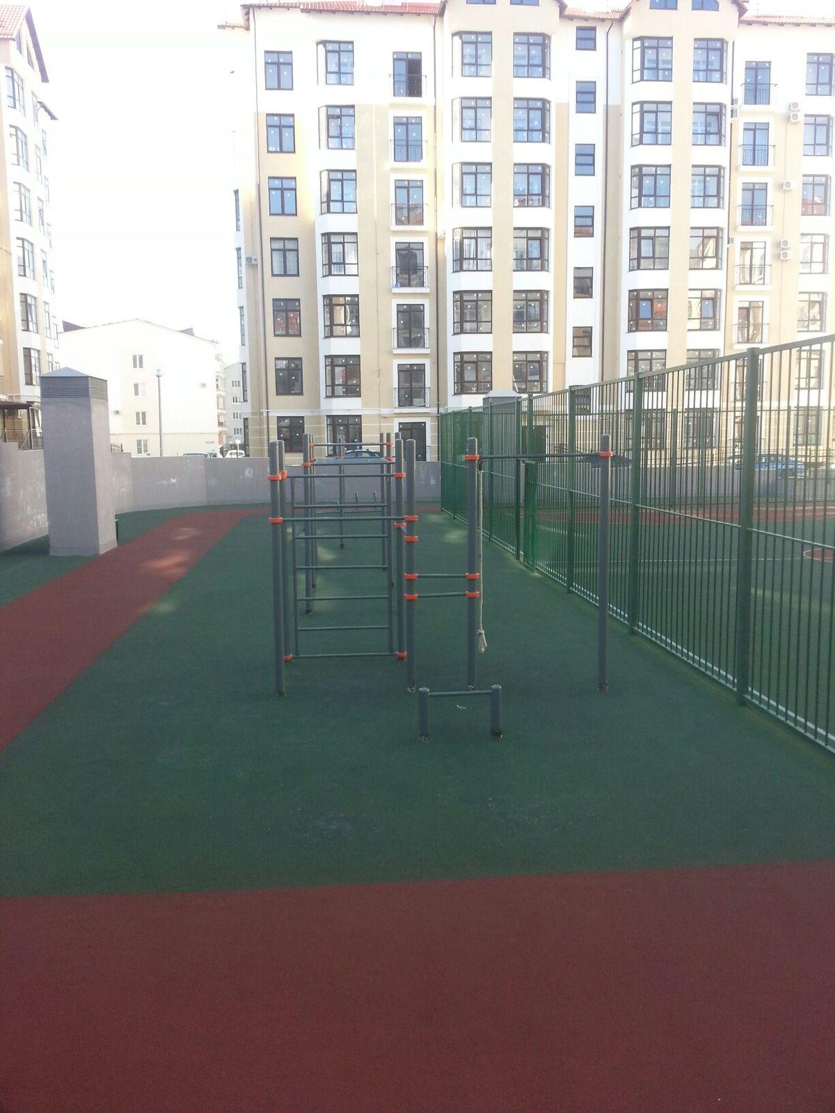 Gelendzhik - Street Workout Park - Улица Луначарского