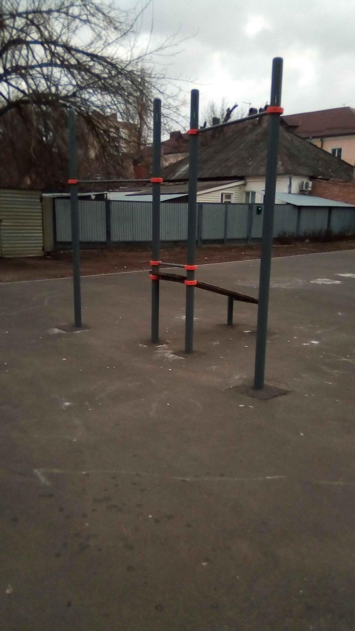 Azov - Street Workout Park - Памятник Шеину АС.