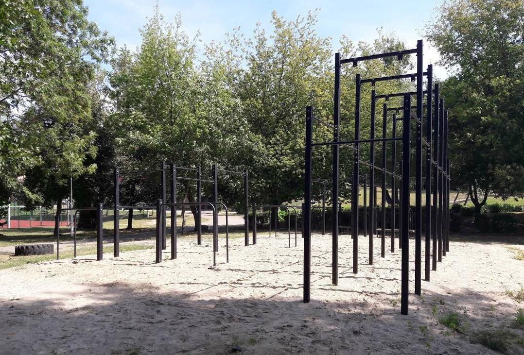 Poznań - Street Workout Park - Osiedle Osiedle Piastowskie