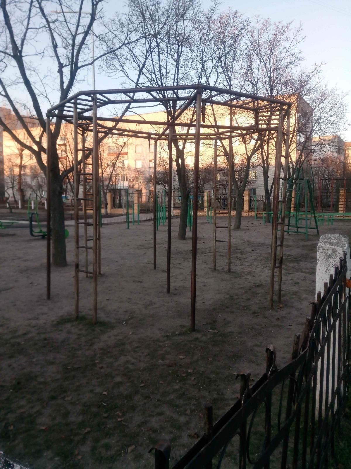 Horishni Plavni - Street Workout Park - Набережная
