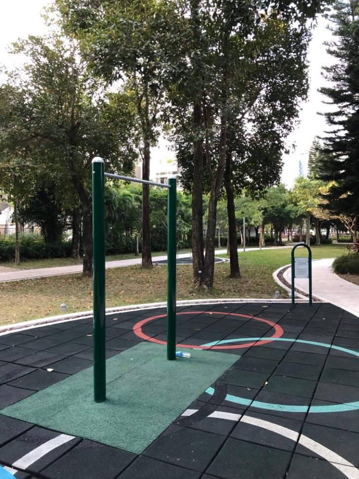 Islands District - Calisthenics Gym - Waterfront Road Playground