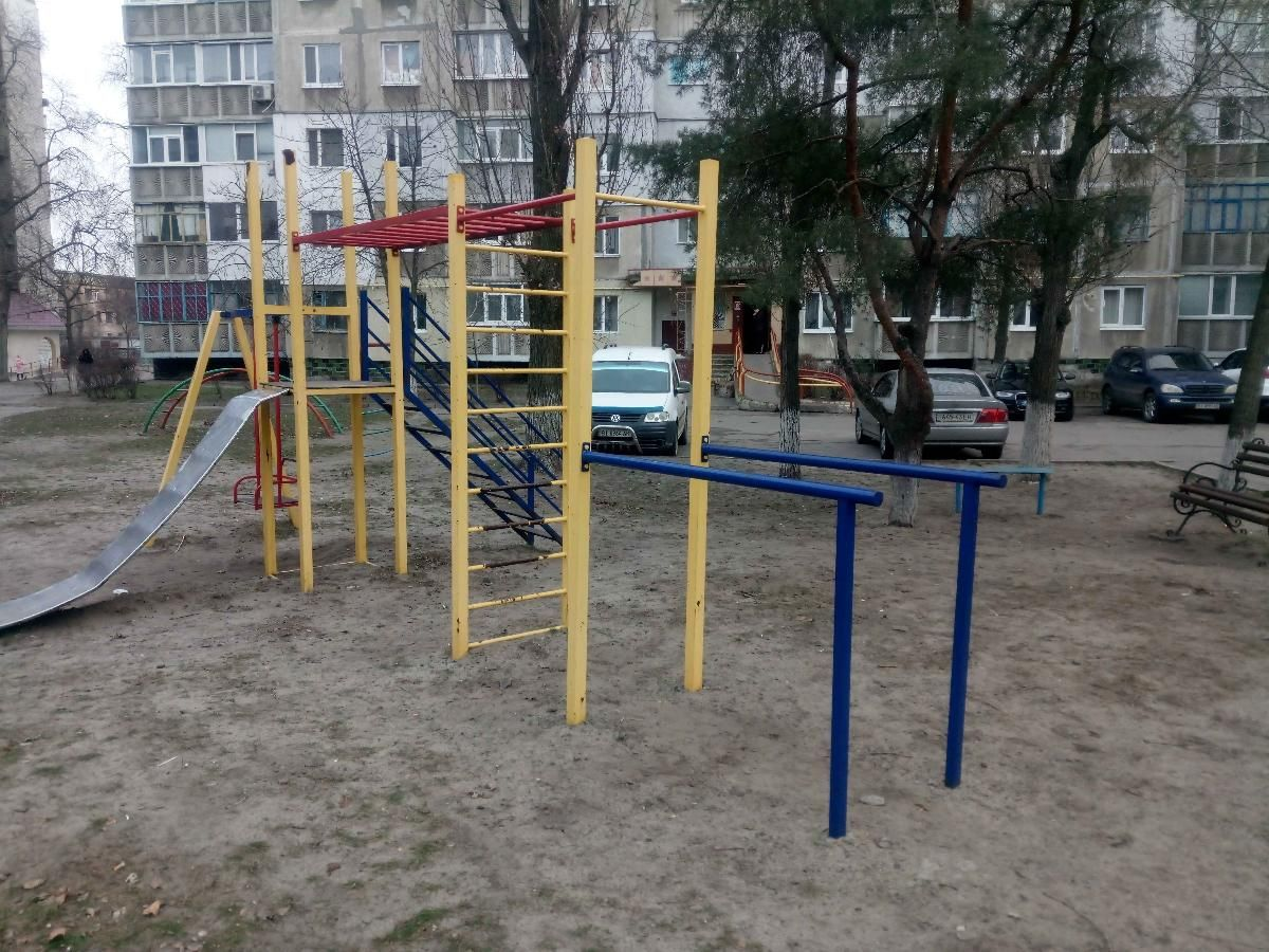 Horishni Plavni - Street Workout Park - Raffinade