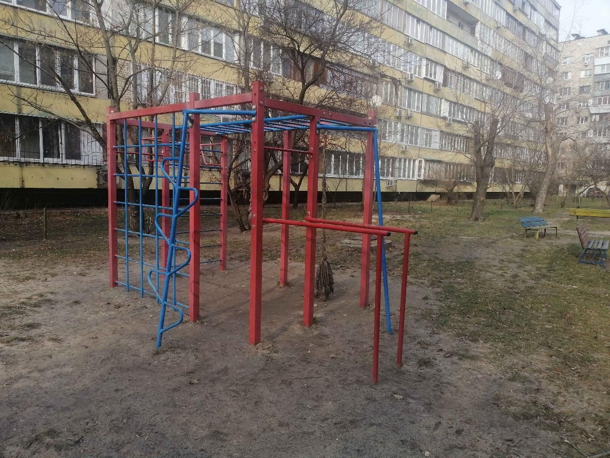 Kyiv - Aire de Fitness - Энтузиастов