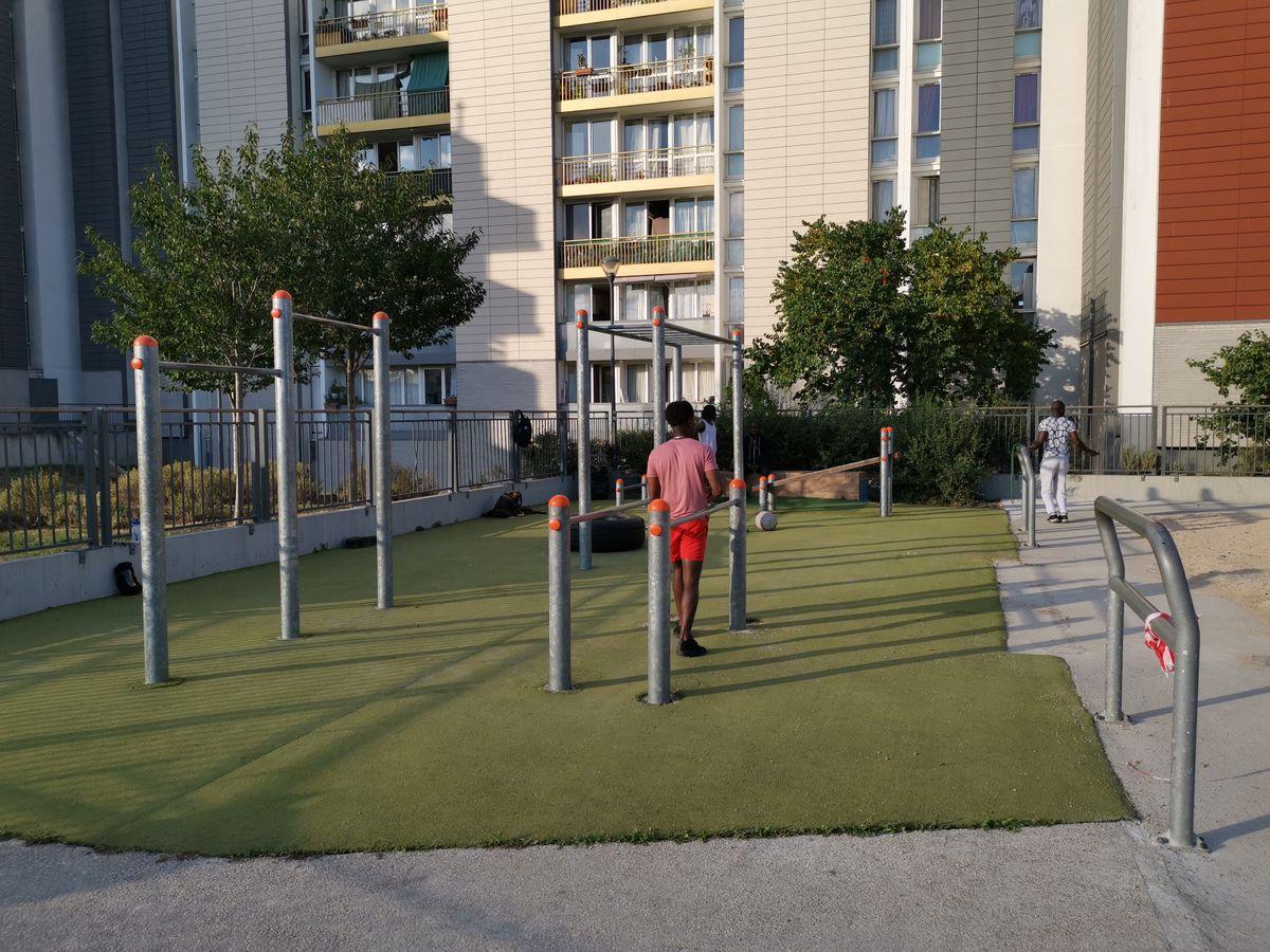 Gennevilliers - Street Workout Park - Rue Des Bas - 2