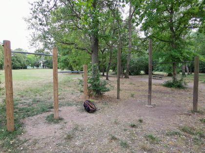 Puiseaux - Calisthenics Park - Promenade Du Parc - 3