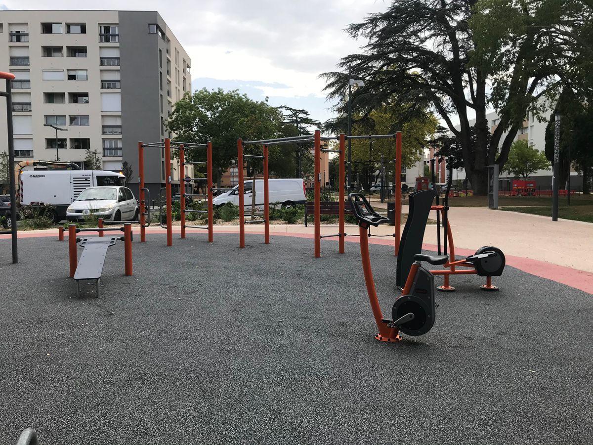 Colomiers - Calisthenics Park - Square Etienne Canellas