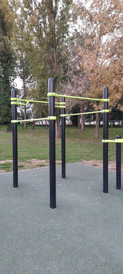Dammarie-les-Lys - Street Workout Park - Rue Du Bas Moulin - 3