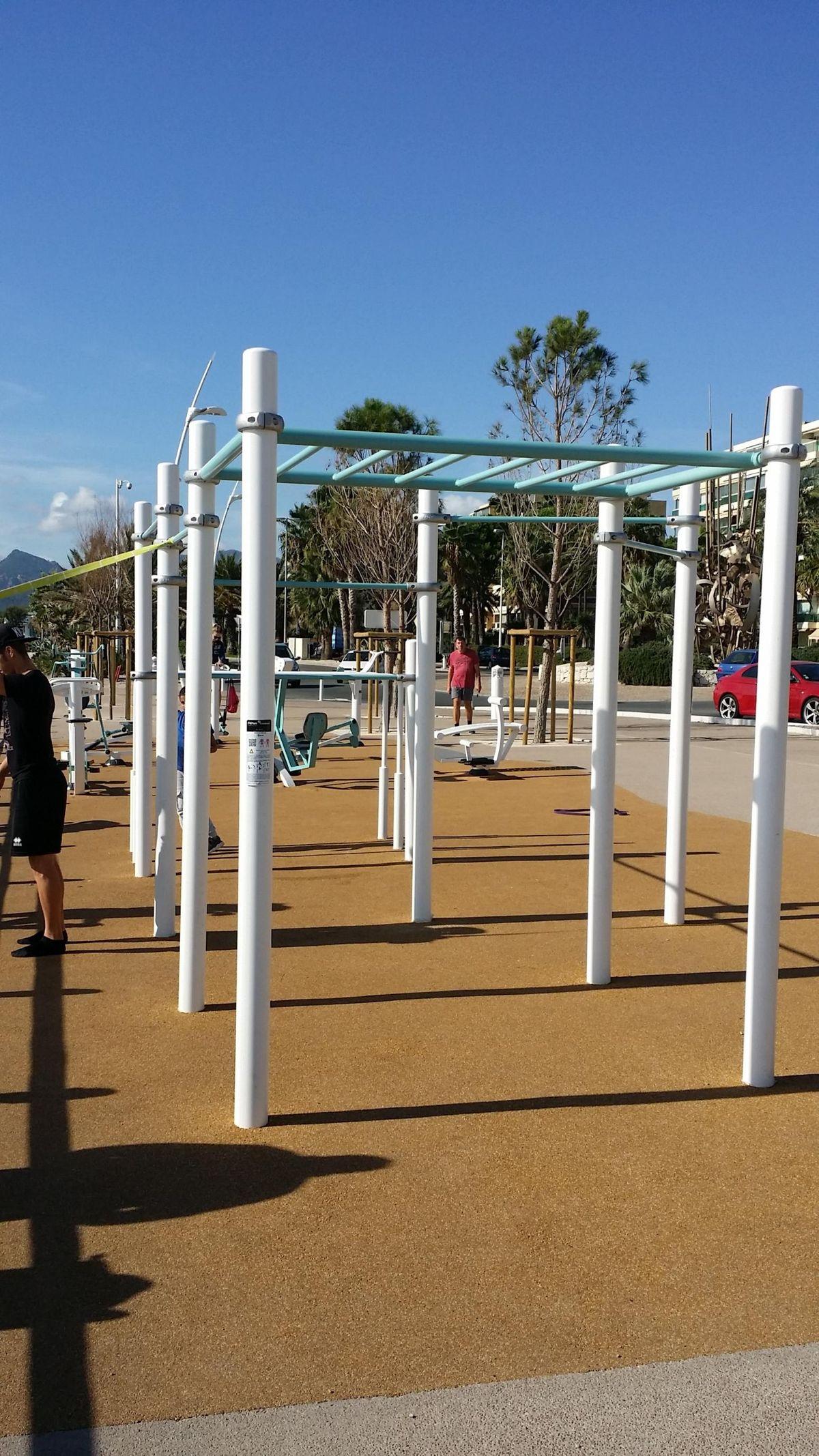 Cannes - Calisthenics Park - Etienne Romano