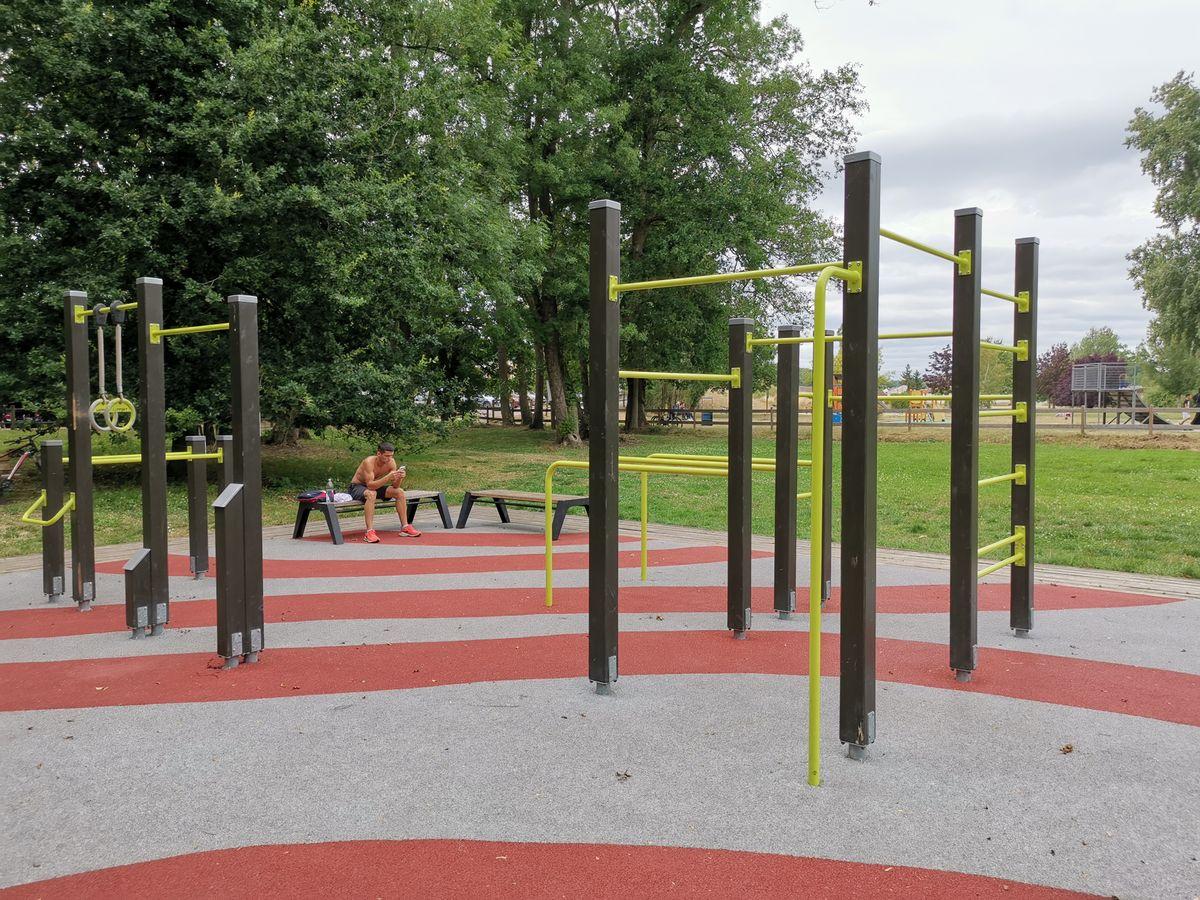 Bagneaux-sur-Loing - Street Workout Park - Lappset - 2