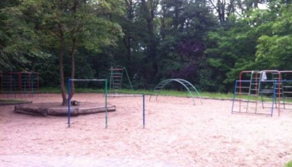 Rostock - Playground Barnstorfer Anlagen Rostock