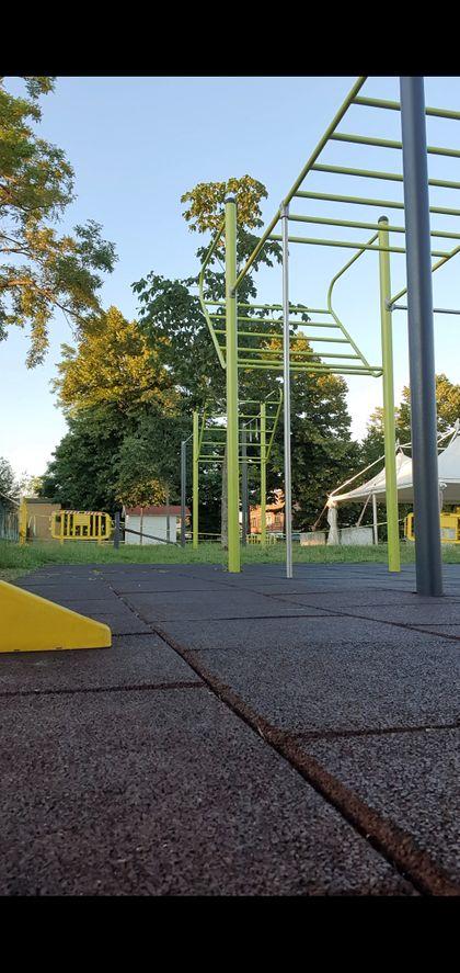 Exercise Park - Outdoor Fitness Park - Parco sportivo comunale L.HUB PARK - 3