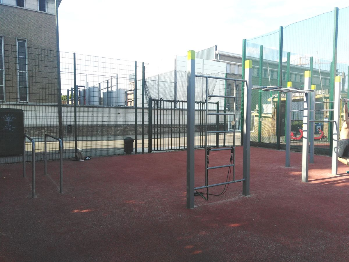 Ixelles - Calisthenics Equipment - Stade Albert Demuyter