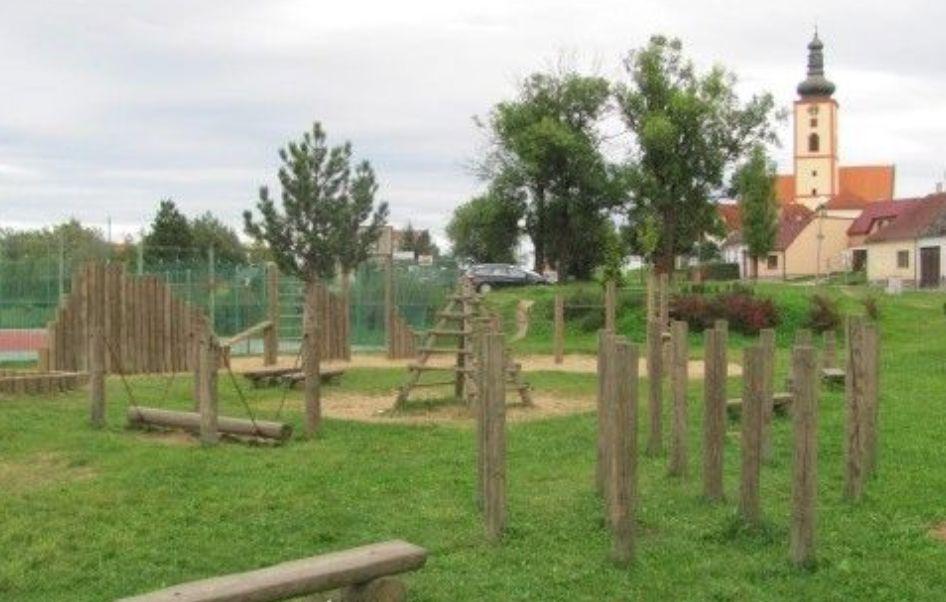 Veselí nad Lužnicí - Outdoor Fitness Park - (Wessely)