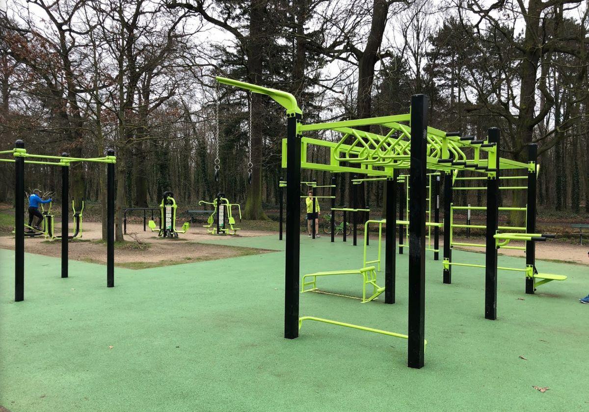 Paris - Calisthenics Park - Bois de Boulogne