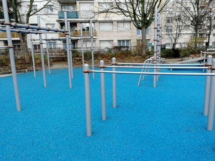 Paris - Outdoor Calisthenics Park - Les Hauts de Malesherbes - 2