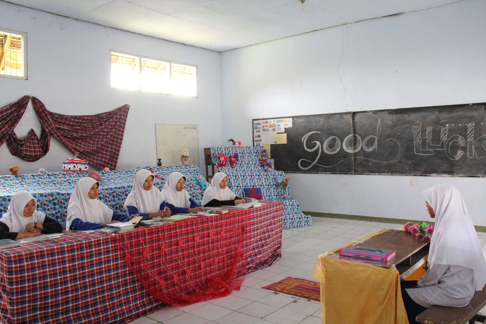 oral examination gontor for girl
