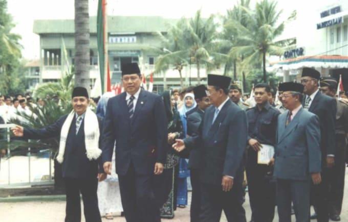 Presiden susilo bambang yudhoyono Mengunjungi Pondok Gontor