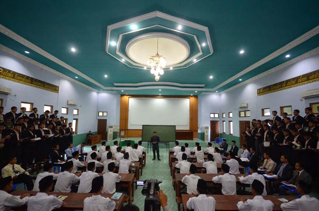 Micro Teaching Pendidikan Gontor Putri