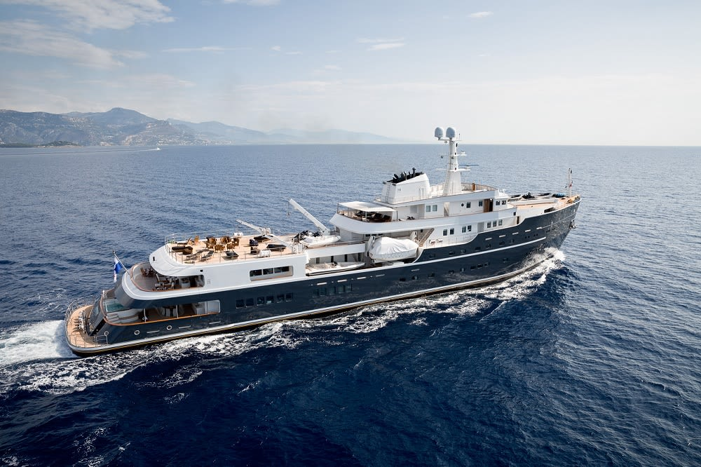 LEGEND Explorer Yacht