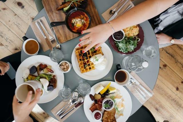Qavalo: How 1 breakfast transformed this company's productivity