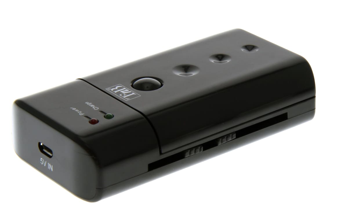 UNIVERSAL BATTERY CHARGER+USB