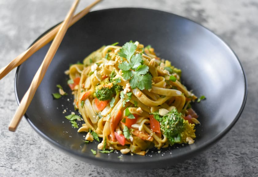 Thai Noodles with Curry Peanut Sauce