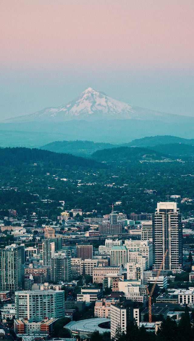 Portland city facing Mount Hood