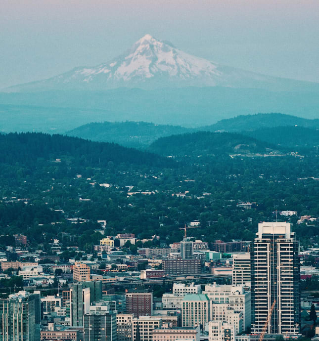 Portland skyline with mountain in background