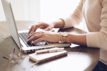 5 razões para terceirizar o desenvolvimento personalizado de seu e-learning
