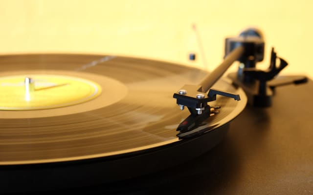 s record player 1224409 1920