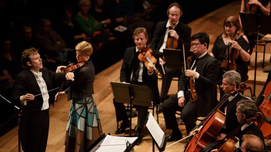 """Orchestre de Paris, Violinkonzert """"Dem Andenken eines Engels"""", 2016"""