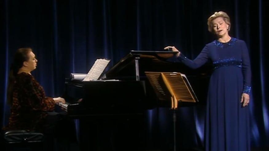 """Júlia Várady, Fünf Gedichte für Frauenstimme und Klavier WWV 91, """"Wesendonck-Lieder"""", 17.01.1998"""