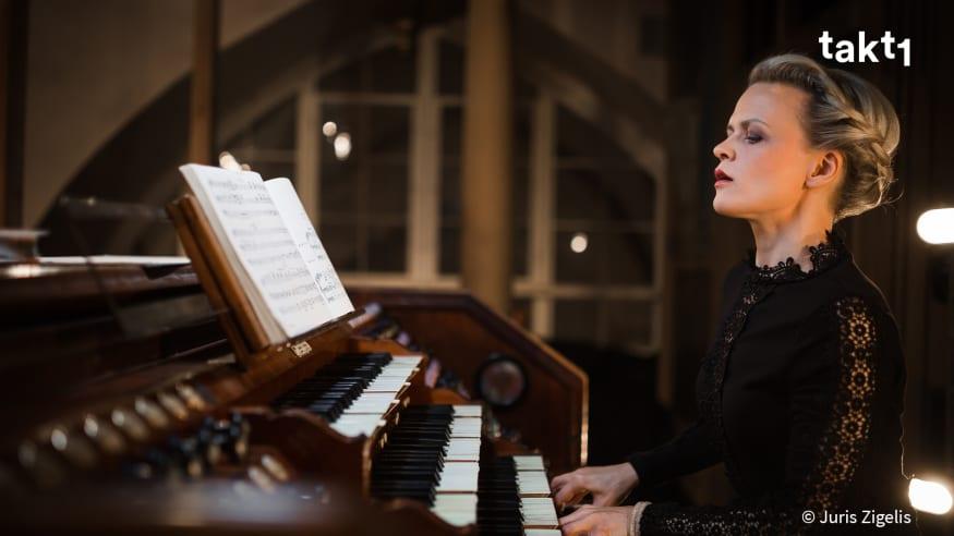 Iveta Apkalna: Bach & Glass