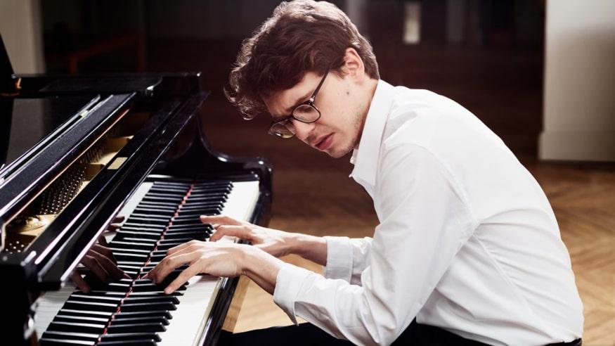 Klavierabend Lucas Debargue