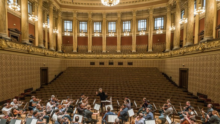 Opening Concert in Prague: Bychkov, Czech Philharmonic and Shostakovich