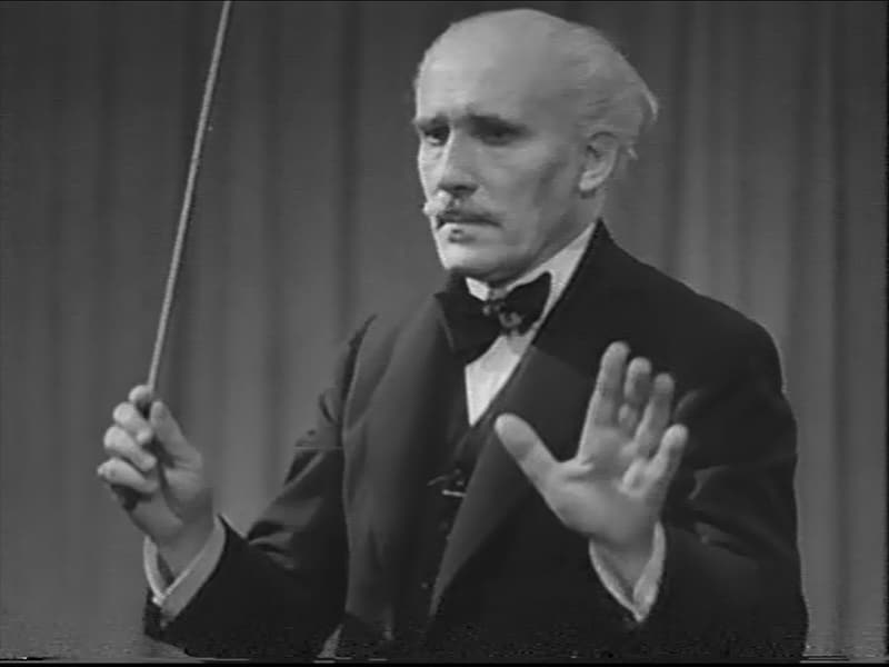 Hymn of the Nations 1944 OWI film 03 Arturo Toscanini conducting Verdis La Forza del Destino 03