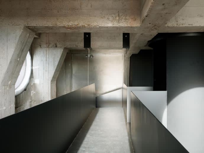 Roh belassenes Mauerwerk: die Galerie der KATHEDRALE
