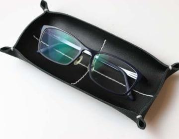KAKURA革トレイ ペン&メガネ ブラック
