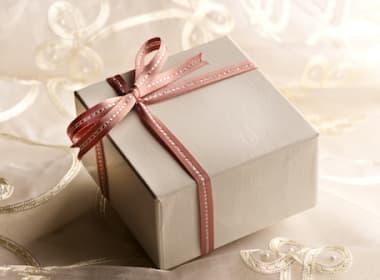 おしゃれな誕生日プレゼント特集!女友達や彼女のためのプレゼント!