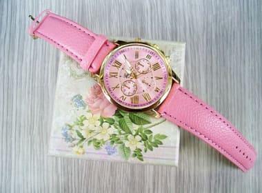 女性に贈るおすすめクリスマスプレゼント「時計」特集!