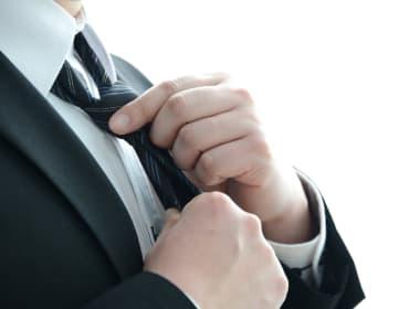 男性への就職祝いに、実用性のある上質なアイテムを贈ろう