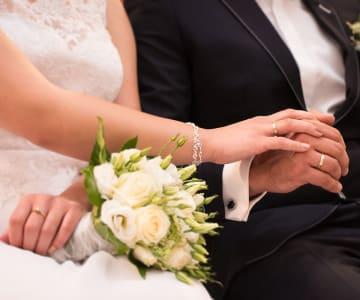 男性に贈りたい結婚祝いのおすすめプレゼント17選!夫婦で使えるものも!