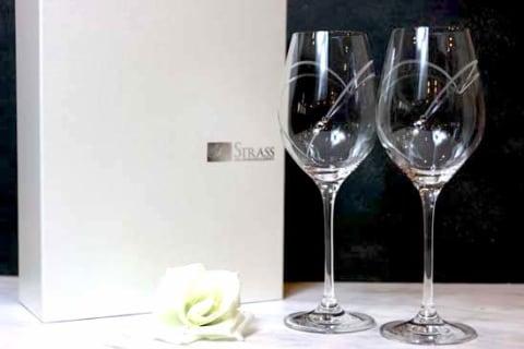 【名入れギフト】クリスタルワイングラスwithSWAROVSKIペア