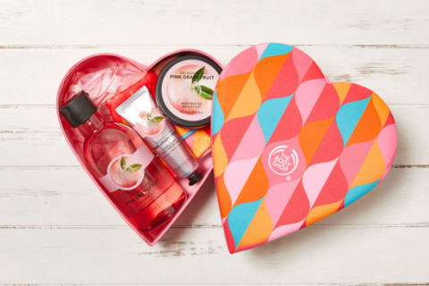 THE BODY SHOP ピンクグレープフルーツ シャイニーハートギフト
