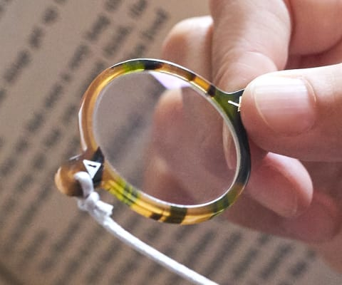 yomeru-Loupe +コード(眼鏡職人による手仕事ルーペ)